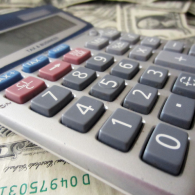Comparing Personal Loans: How can Loan Calculators Help