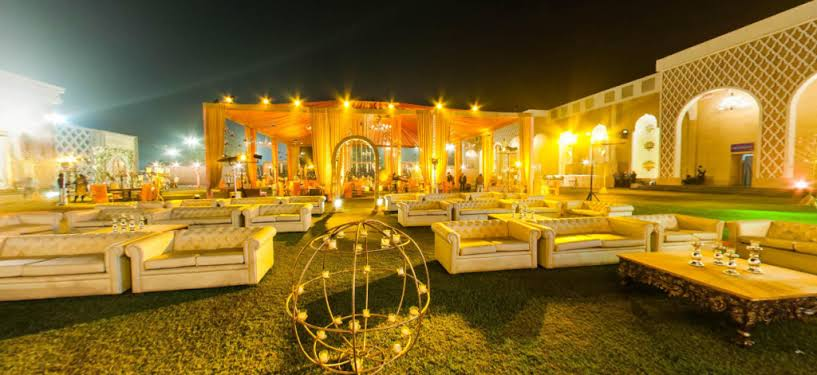 C:\Users\Retish\Desktop\Top Ten Farmhouses in Chattarpur New Delhi.jfif