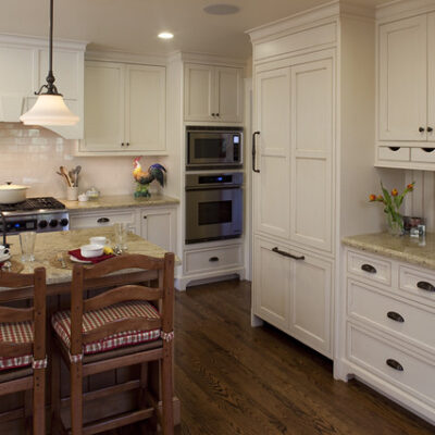 6 Kitchen Cabinet Molding Styles to Consider